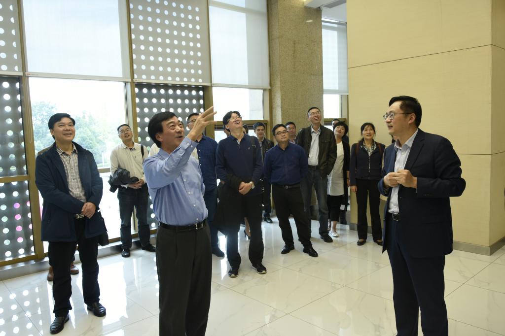 川农大校长郑有良带队调研科技成果推广转化工作