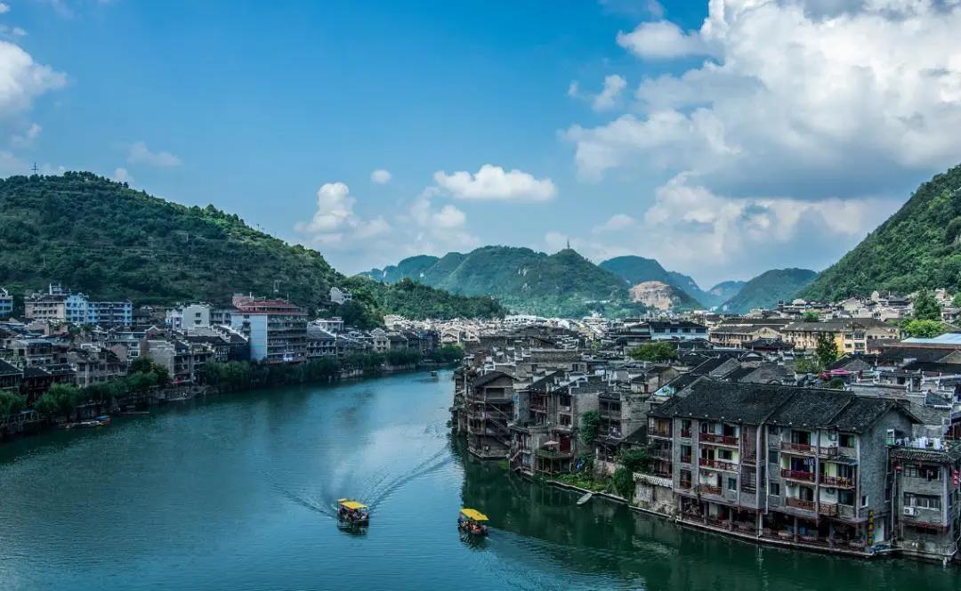 乡村振兴典型案例——贵州凯里  传统文化嫁接现代要素 苗绣产业焕发新活力